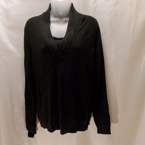 Izod Womens black sweater size lg  lightweight EUC
